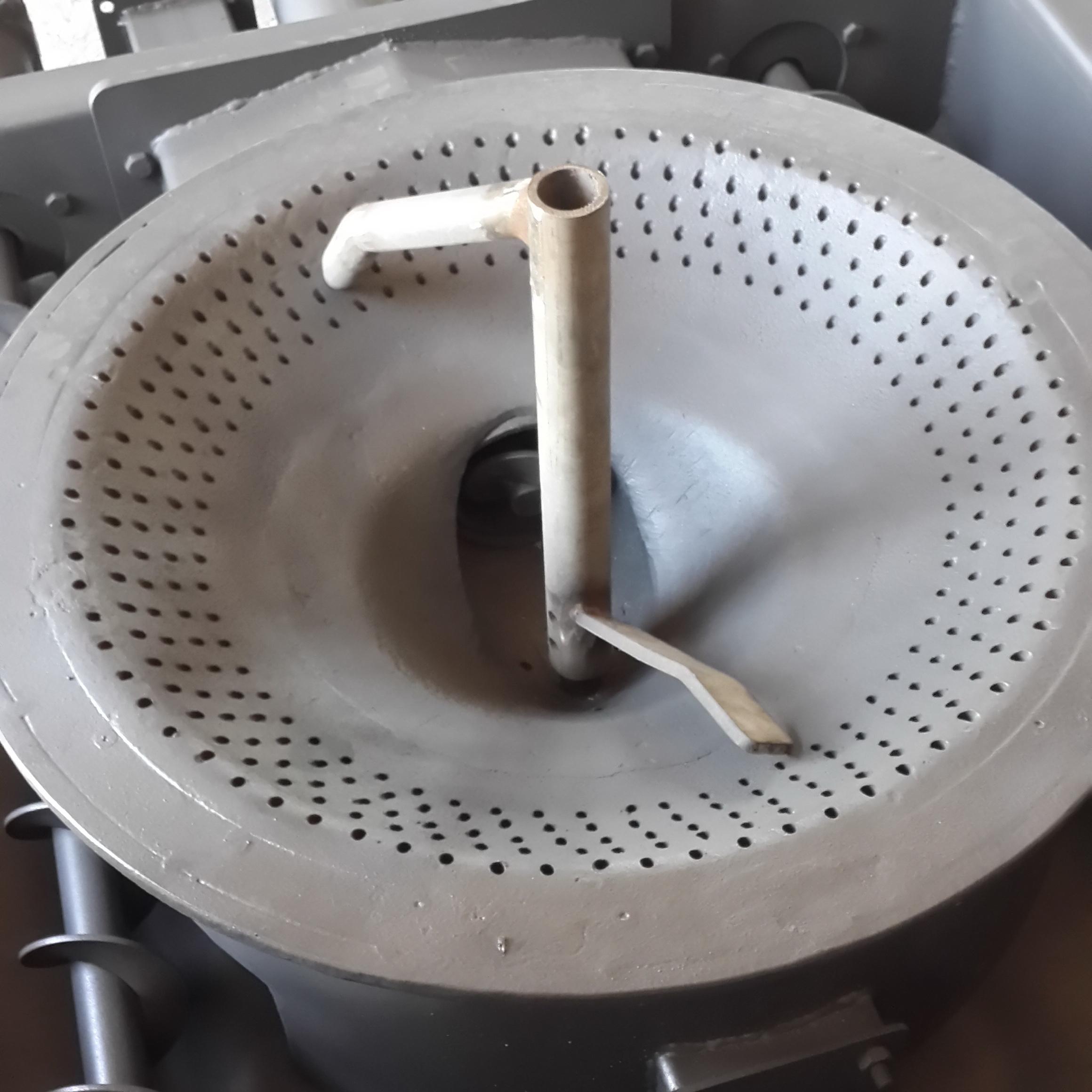Реторта с перемешивателем слоя топлива пеллетных котлов KOZLUSAN PEL и теплогенераторов PEL-H (C)